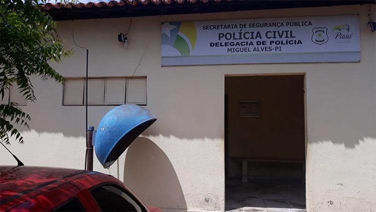 Homem é preso acusado de estuprar as próprias filhas menores em cidade do Piauí