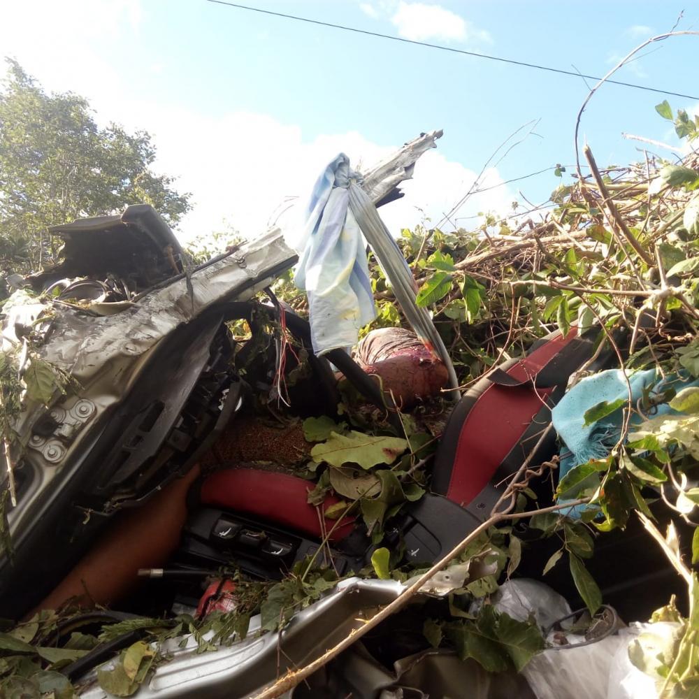 Monte Alegre  Caminhoneiro morre em acidente grave envolvendo duas carretas na BR 135