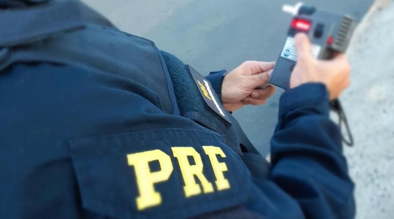 BOM JESUS| PRF prende homem conduzindo moto por efeito de álcool