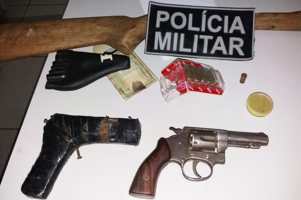 Polícia Militar prende homem em flagrante por porte ilegal de arma de fogo