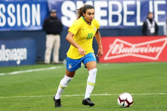 Marta está fora da estreia do Brasil na Copa do Mundo feminina