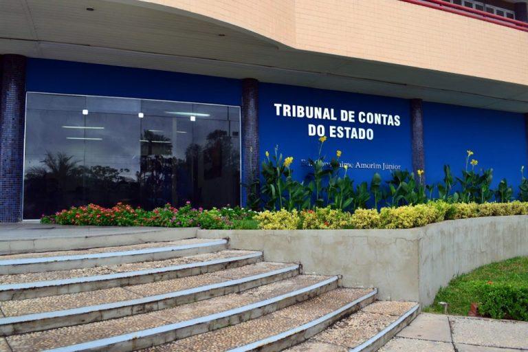 TCE/PI determina o bloqueio de contas de municípios inadimplentes. Confira a lista.