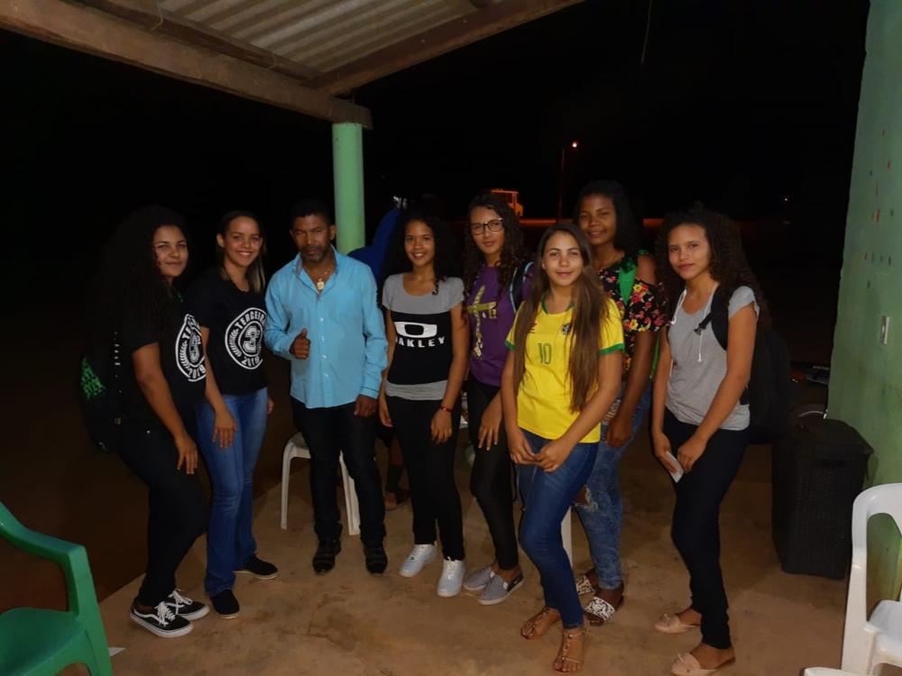 Vereador Dijalma Mascarenhas patrocina time de Handebol em Monte Alegre