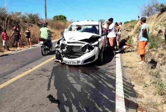 Grave acidente fatal na BR 135 em Bom Jesus-PI