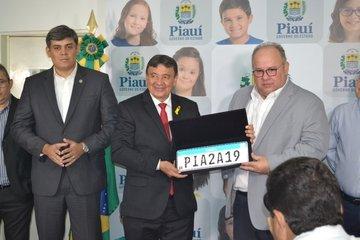 Nova placa Padrão Mercosul é adotada no Piauí