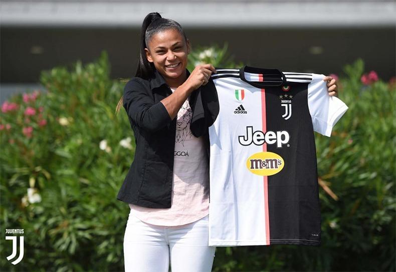 Jogadora piauiense, de Cristalândia, assina contrato com Juventus da Itália